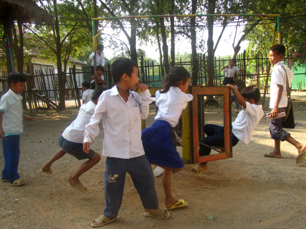 Kids - Phare Ponleu Selpak NGO, Battambang, Cambodia