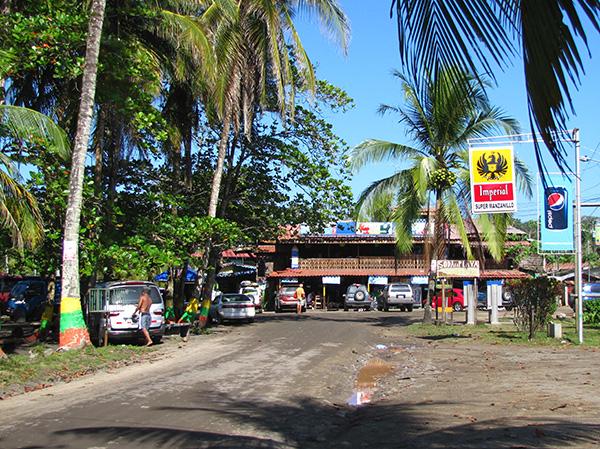 Street - Manzanillo, Costa Rica
