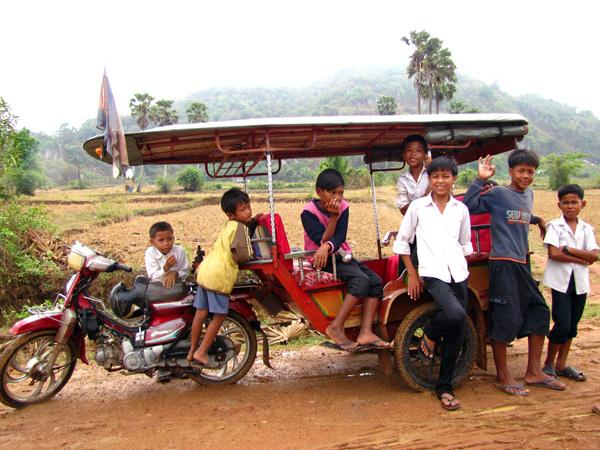 Kids on a Tuk-Tuk - Phnom Chhnork Caves, Kampot, Cambodia
