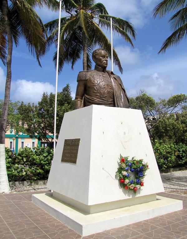Simon Bolivar statue - Kralendijk, Bonaire