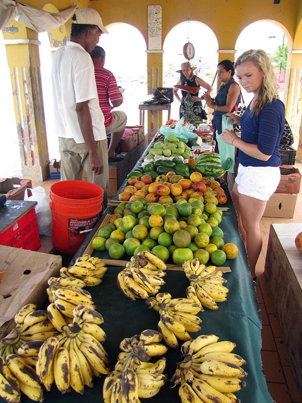 Produce - Kralendijk, Bonaire